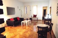 Apartment for 4 people in Madrid