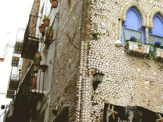 the house of shells photos of peñíscola