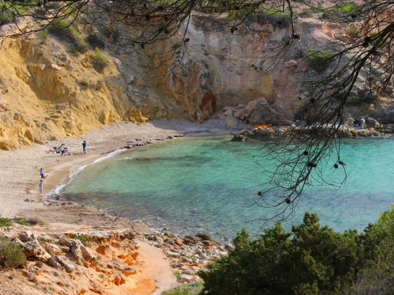 Beaches of Ibiza: Discover the most beautiful parts of the island