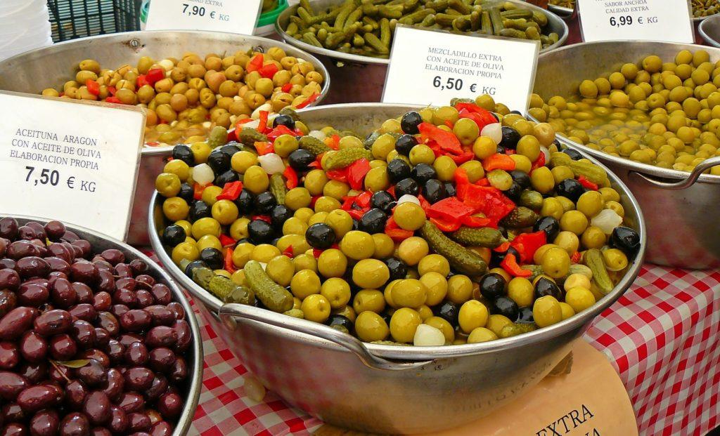 markets majorca olives