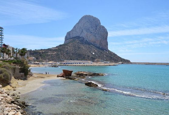 cantal roig beach holidays in calpe