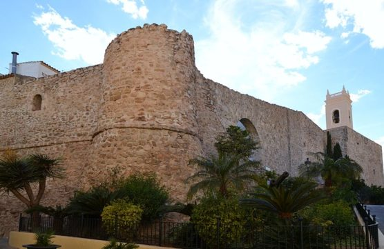 holidays in calpe wall in the old town