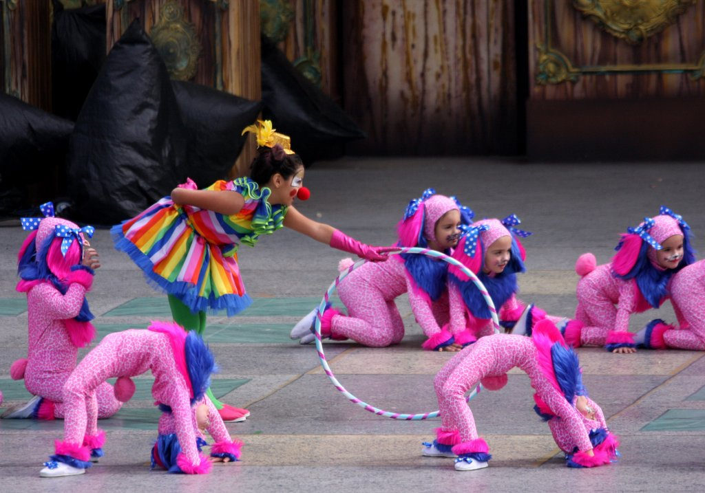 gran canaria with kids carnival of las palmas