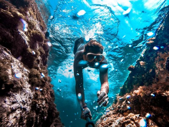things to do in menorca snorkeling