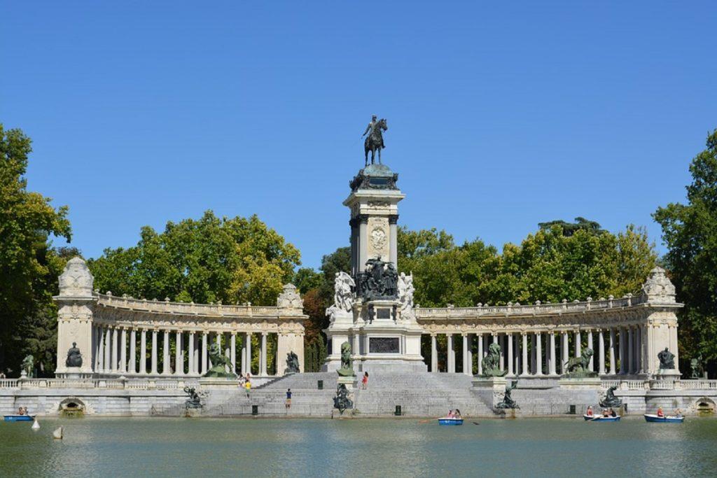 Retiro-park-Madrid 2867683_960_720
