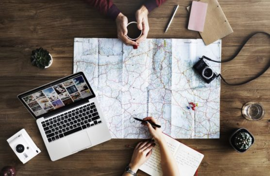 tips for a solo travel map