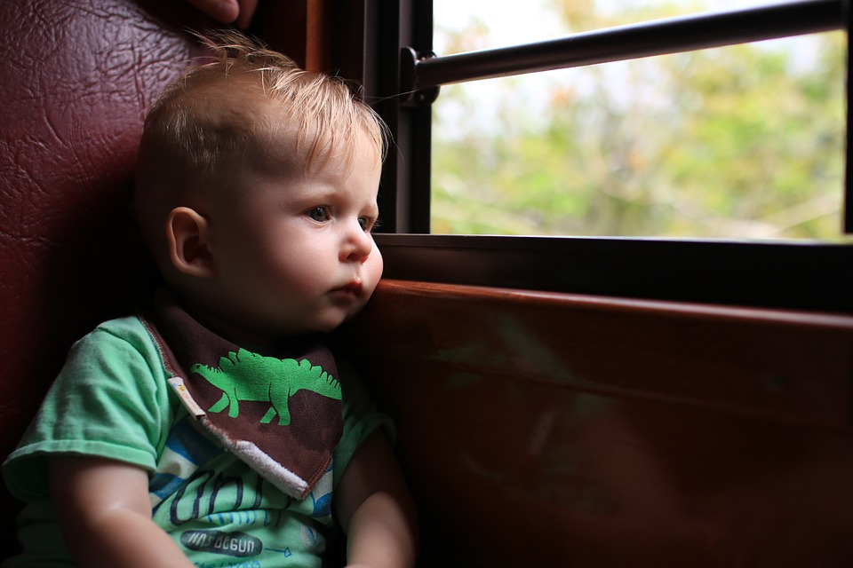 recommendations for travelling by train with children