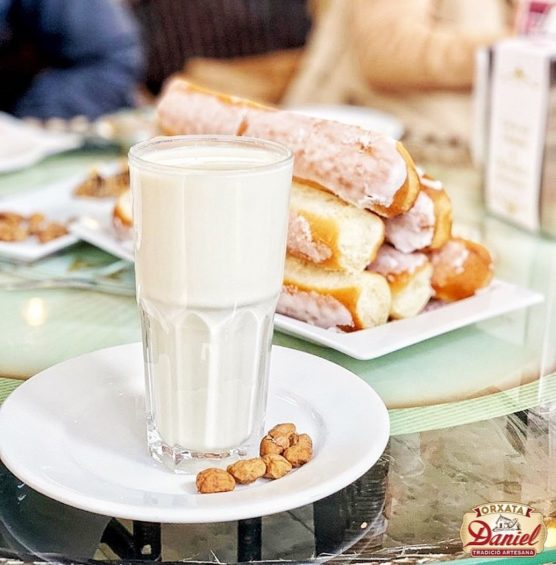 The-best-places-to-try-horchata-in-Valencia-daniel-e1564732913749